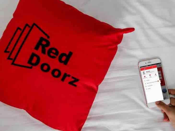 220819 RedDoorz